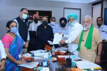 agriculture-secretary-holds-meeting-with-29-farmer-unions-from-punjab-english.jpeg