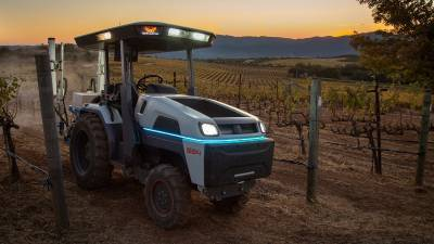 monarch-unveils-worlds-smartest-pure-electric-autonomous-tractor-english.jpeg