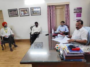 rfcls-ramagundam-urea-project-to-be-commissioned-by-october-says-fertilizer-minister-english.jpeg
