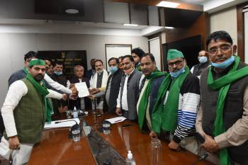 ups-farmers-union-supports-farm-acts-bills-welcomed-across-the-country-says-narendra-singh-tomar-english.jpeg